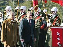 Ahmet Necdet Sezer (left) and Vladimir Putin