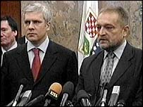 Serb President Boris Tadic (left) with Bosnian Federation Prime Minister Ahmet Hadzipasic