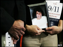 In Washington, Carie Lemack holds a photo of her mother Judy Larocque, who died during the 11 September 2001 attacks