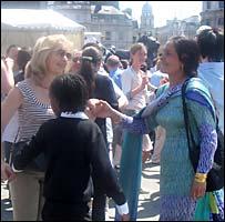 Crowd dancing in Trafalgar Square