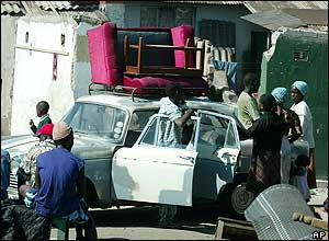 Car with sofa on the roof
