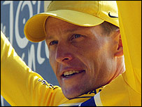 Lance Armstrong celebrates his victory in the 2004 Tour de France