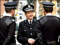 Strathclyde Police Chief Constable William Rae chatting with two Pcs
