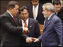 Presidents Chavez of Venezuela, Toledo of Peru and Lula of Brazil