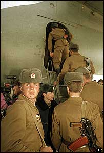 Soviet troops leave Afghanistan from Kabul airport, 13 February 1989