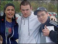 Manchester United's Wayne Rooney with Foyer residents