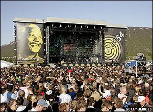 46664 Arctic concert