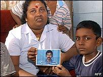 Dinesh Dharmendran Rajaratnam's family