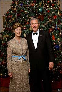 Laura and George Bush with White House Christmas tree