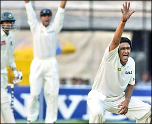 Anil Kumble appeals successfully for the wicket of Mohammad Rafique of Bangladesh