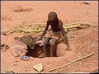 Niño minero en Nigeria