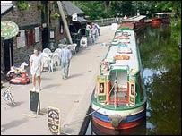 Canal boats in Llangollen