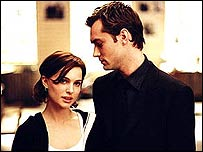 Natalie Portman and Jude Law in Closer