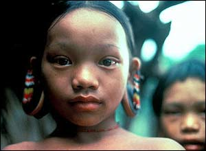 Penan child, Sarawak, Malaysia. Copyright: Robin Hanbury-Tenison/Survival International
