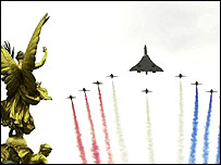 Concorde and red arrows in Golden Jubilee flypast