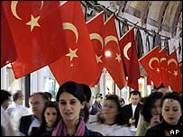Turkish shoppers