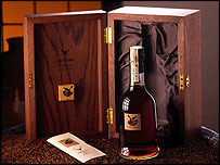 Dalmore 62 whisky bottle