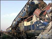 Site of rail crash near Mukerian in Punjab, 14 December 2004