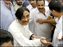 Asif Zardari with supporters