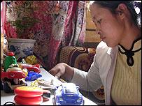 Pu Caiju, Mr Li's wife