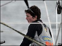 Ellen MacArthur en su yate Castorama-B ^ Q.