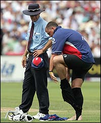 Darren Gough takes off his leggings