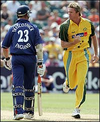Glenn McGrath removes Marcus Trescothick