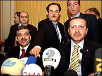 El premier turco, Recep Tayyip Erdogan, durante una conferencia de prensa.