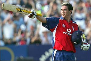 Kevin Pietersen celebrates reaching his fifty