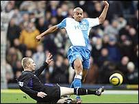 Stephen Reid in action for Blackburn