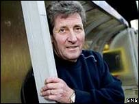 John Lambie back in the Firhill dugout
