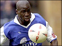 Mamady Sidibe in action for Gillingham