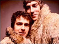 Dudley Moore (l) and Peter Cook