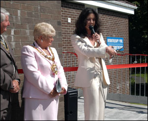 Zeta Jones made a speech before she cut the ribbon to formally open the hydrotherapy pool