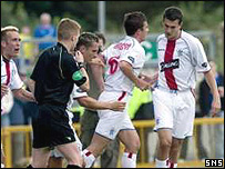 Barry Ferguson (centre) is congratulated by Ian Murray
