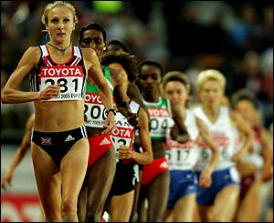 Paula Radcliffe competes in the 10,000m