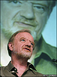 Robin Cook at the Hay literary festival in May 2004