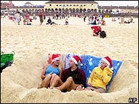 Three English friends bed down on Bondi beach