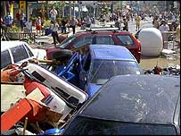 Street in Phuket after tidal wave - 26/12/04