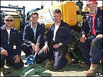 British submarine rescue team