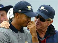 Tiger Woods and Jack Nicklaus at the 2003 Presidents Cup