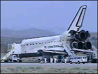 Shuttle landing at Edwards Air Force Base, Nasa