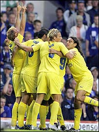 Luciano Figueroa (left) powered in a shot for Villarreal's opener at Goodison Park