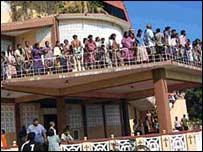 Residents in Batticaloa take refuge from the sea