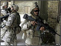 US soldiers on patrol in Falluja, Iraq