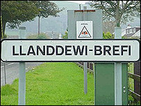 A Llanddewi-Brefi road sign photographed in October