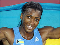 Tonique Williams-Darling wins gold in the 400m
