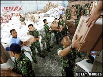 Distribution of aid in Medan, Sumatra