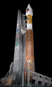 Mars Reconaissance Orbiter atop its Atlas V rocket, Nasa/KSC