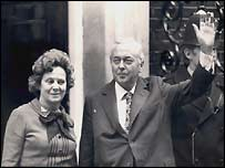 Harold Wilson returning to Downing Street in 1974